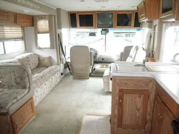 How to install a large-screen TV in an RV
